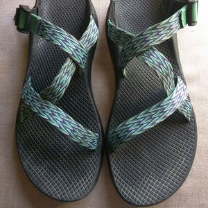 Chacos women's 10 Green Blue Sports Sandals
